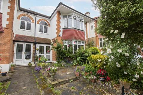 3 bedroom semi-detached house for sale - Woodfield Way, London