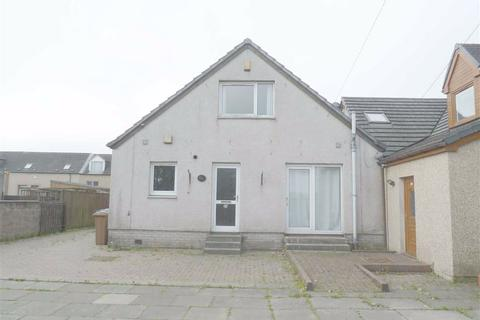 3 bedroom flat for sale - West Main Street, Harthill