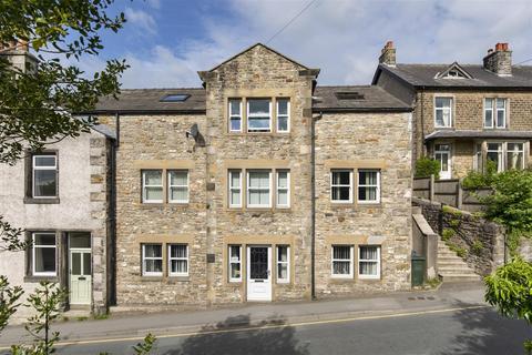 2 bedroom apartment for sale - 28b Station Road, Bentham
