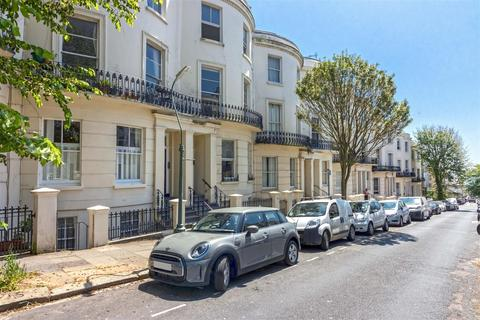 2 bedroom flat for sale - Brunswick Road, Hove