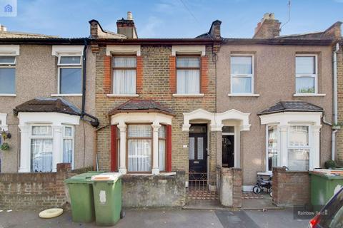 2 bedroom house to rent - Brock Road, London, E13