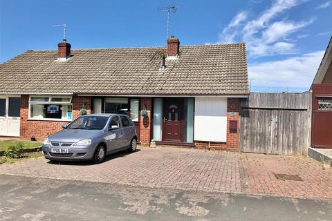 3 bedroom semi-detached bungalow for sale - Chatsworth Avenue, Tuffley, Gloucester