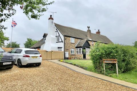 3 bedroom cottage for sale - Sticky Lane, Hardwicke, Gloucester