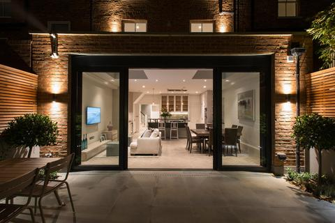 5 bedroom terraced house to rent - Bolingbroke Road, Brook Green, London, W14