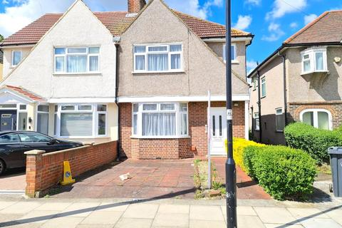 3 bedroom semi-detached house to rent - Milford Road, Southall