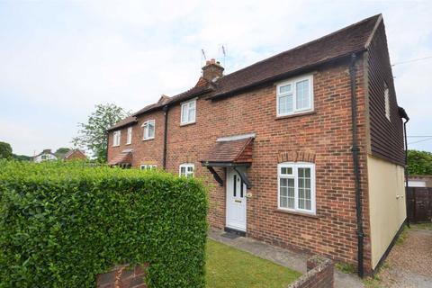 3 bedroom semi-detached house for sale - Weybourne Road, Weybourne, Farnham