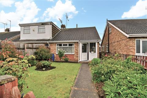 3 bedroom semi-detached bungalow for sale - Grizedale, Sutton Park, Hull