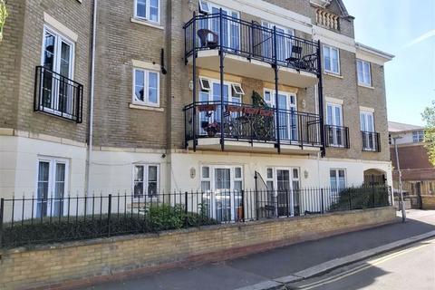 3 bedroom apartment for sale - Regents Riverside, Brigham Road, Reading