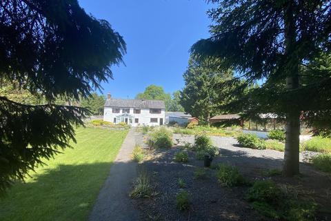 7 bedroom property with land for sale - Pentrefelin, Llandeilo