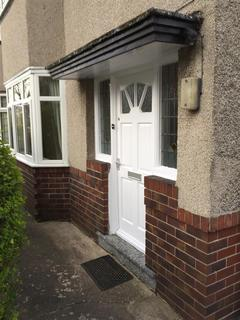 3 bedroom semi-detached house to rent - Hunter House Road, Sheffield
