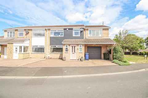 4 bedroom semi-detached house for sale - Ladybank, Chapel Park, Newcastle Upon Tyne