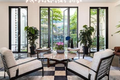 5 bedroom house - 7th arrondissement, Paris, Ile-de-France