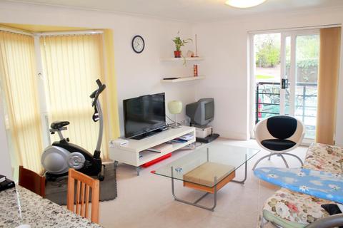2 bedroom flat to rent - Caronia Court, Plough Way, Surrey Quays, London SE16 7AD
