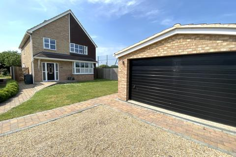 4 bedroom detached house for sale - Long Water Drive, Alverstoke, Gosport PO12