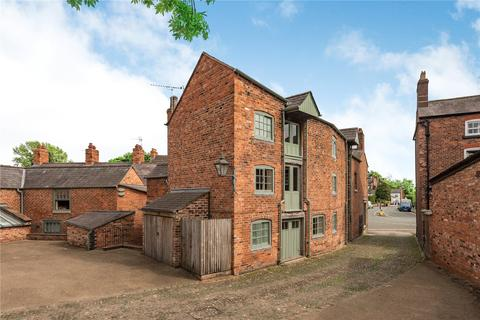 2 bedroom end of terrace house for sale - High Street, Tarin, Nr Chester, Cheshire, CH3