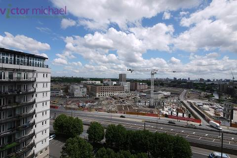 2 bedroom flat to rent - High Street, London, Greater London. E15