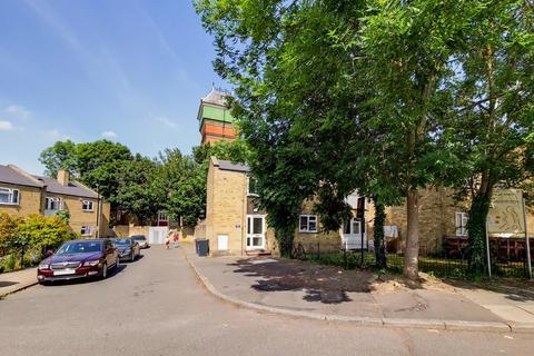 1 bedroom flat for sale - Foxborough Gardens, Brockley, SE4