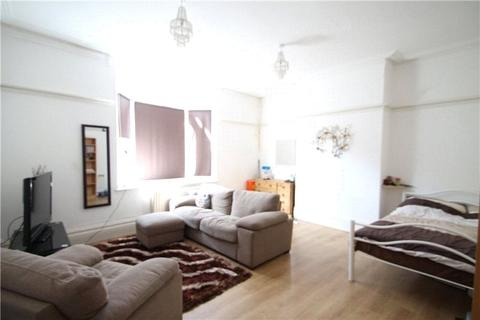1 bedroom flat to rent - High Street, Chatham, Kent