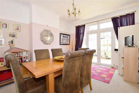 4 bedroom semi-detached house for sale - Grove Road South, Southsea, Hampshire