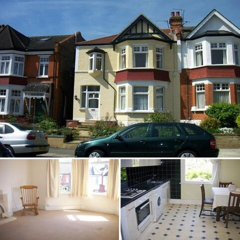 2 bedroom flat to rent - Ulleswater Road, Southgate