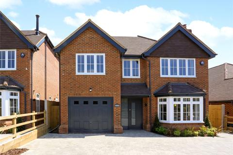 4 bedroom detached house for sale - Chenies Avenue, Amersham, Buckinghamshire, HP6