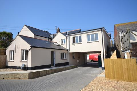 2 bedroom apartment to rent - High Street, Brading