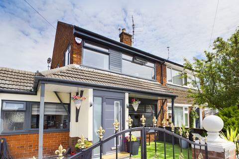 3 bedroom semi-detached house for sale - Elterwater Place, Marton FY3