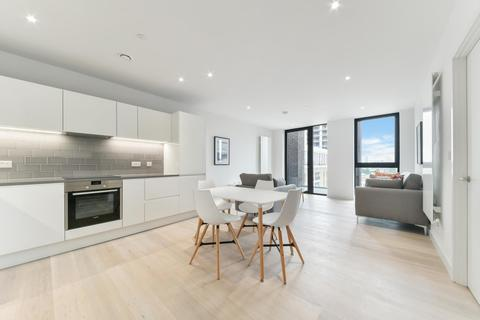 2 bedroom apartment to rent - Cutter House, Royal Wharf, London, E16