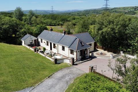 3 bedroom detached house for sale - Westcott, Heol Llan, Coity, Bridgend CF35 6BU