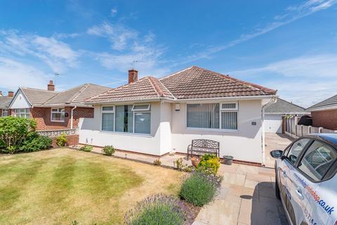 3 bedroom detached bungalow for sale - Salcombe Road, Lytham St Annes, FY8