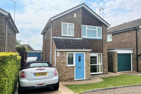 3 bedroom detached house for sale - Obelisk Rise, Kingsthorpe, Northampton, NN2