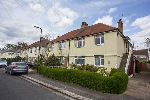 2 bedroom flat for sale - Willow Road, Ealing , Ealing, W5