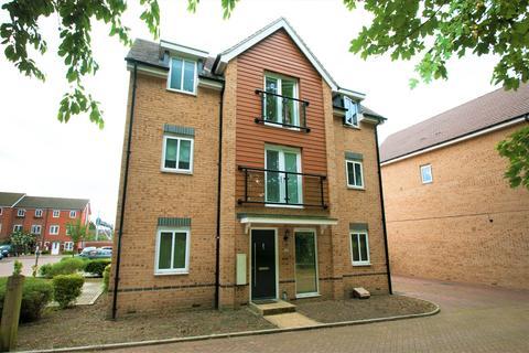 5 bedroom detached house for sale - Edgeworth Close, Langley, SL3