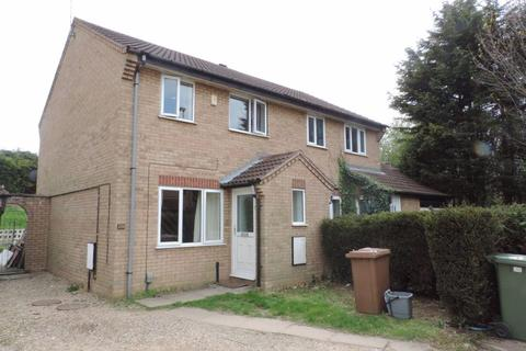 3 bedroom semi-detached house to rent - Prospero Close, Woodston, Peterborough, PE2 9JF