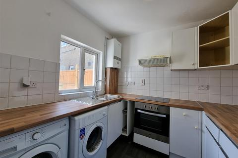 3 bedroom terraced house to rent - Wycombe Road, Tottenham, London