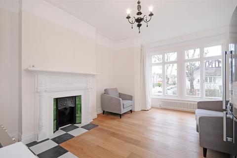 2 bedroom flat for sale - Denbigh Road, Ealing, London
