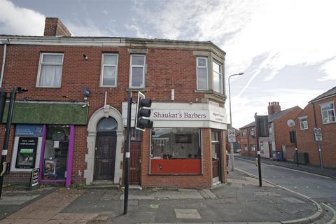 1 bedroom flat to rent - Spacious flat to rent on Ribbleton Avenue, Preston