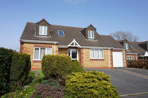 3 bedroom detached bungalow for sale - Fair Oakes, Haverfordwest