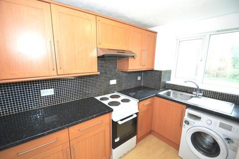 2 bedroom flat to rent - Shortlands Close, Belvedere, Kent, DA17