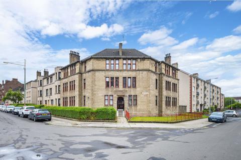 3 bedroom flat for sale - 1/2, 247 Meadowpark Street, Dennistoun, Glasgow, G31 3DU