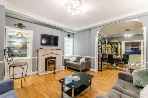 4 bedroom house to rent - Princes Court, Brompton Road, SW3