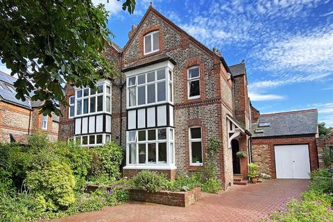 6 bedroom semi-detached house for sale - Lisson Grove, Hale, Cheshire