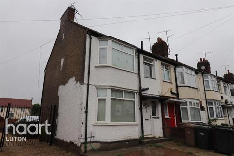 3 bedroom end of terrace house to rent - Shelley Road, Luton