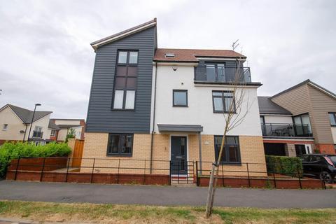 4 bedroom detached house to rent - Leasingthorne Way, Great Park
