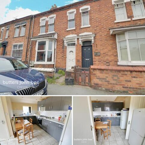 4 bedroom terraced house for sale - Walthall Street, Crewe