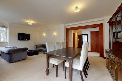 3 bedroom flat to rent - Marlborough Court, London, W86DF
