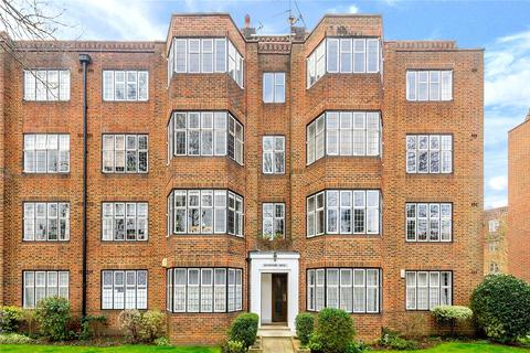 2 bedroom flat for sale - Highlands Heath, Portsmouth Road, London