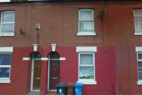 3 bedroom terraced house to rent - Fleeson St, Rusholme, Manchester, M14 5NG