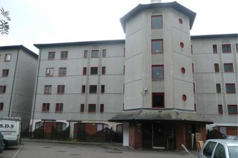 1 bedroom flat to rent - Castile Court, Waltham Cross, EN8
