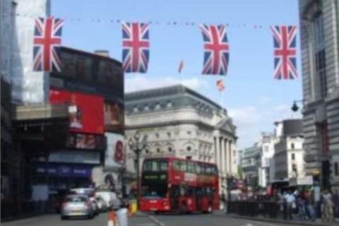 Restaurant to rent - Shaftesbury Avenue, London, W1D
